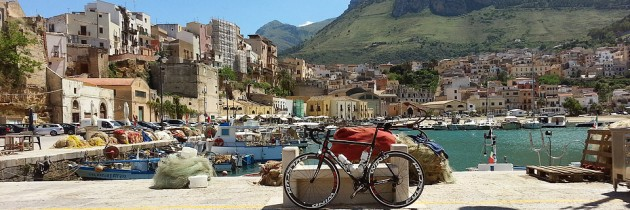 A bike ride to the harbor of Castellammare del Golfo