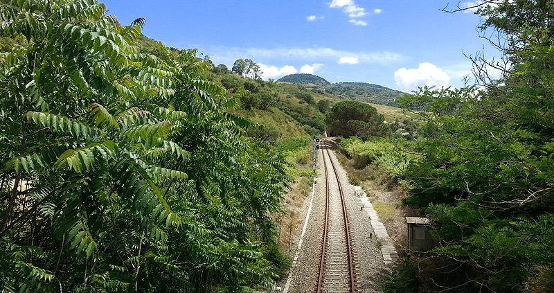 The railroad near Segesta