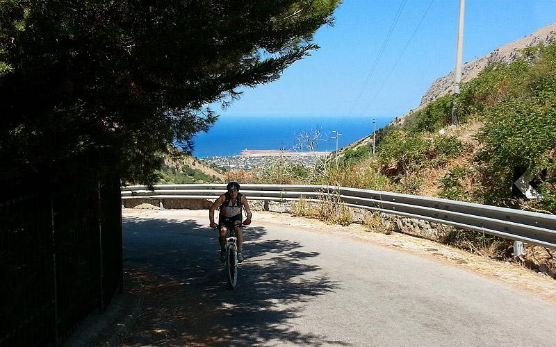 Alessandro Ferrara on the Cinisi climb