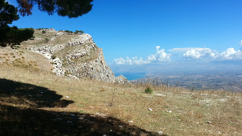 Monte Inici with the Golfo di Castellammare and Balestrate in the distance.