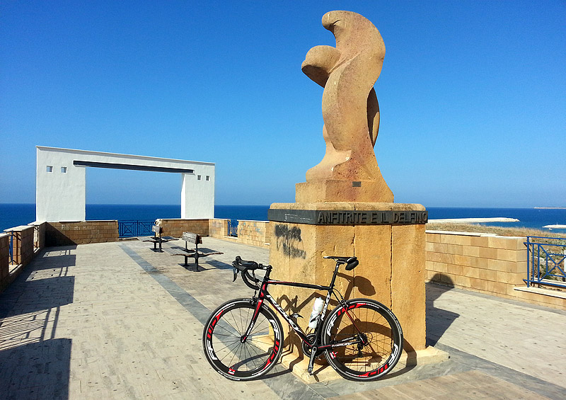 My Ridley Helium SL in the coastal town of Balestrate