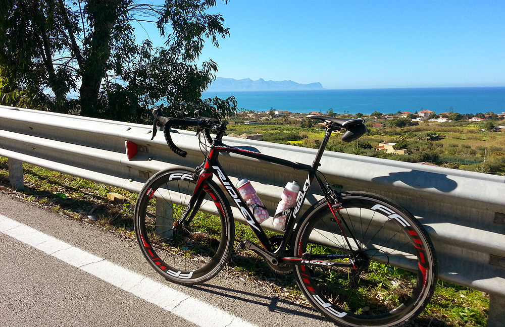 My Ridley Helium SL near the coastal town of Trappeto