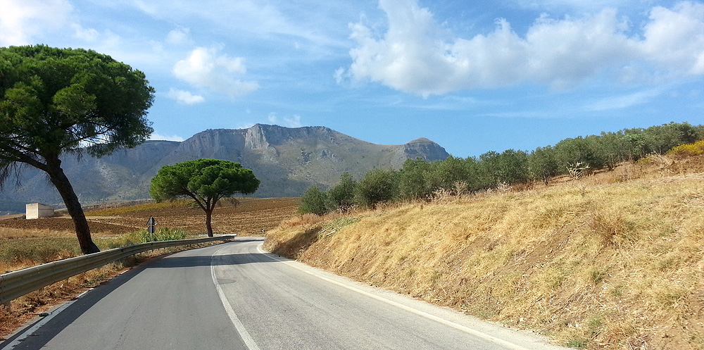 On the SS113 between the town of Alcamo and Segesta