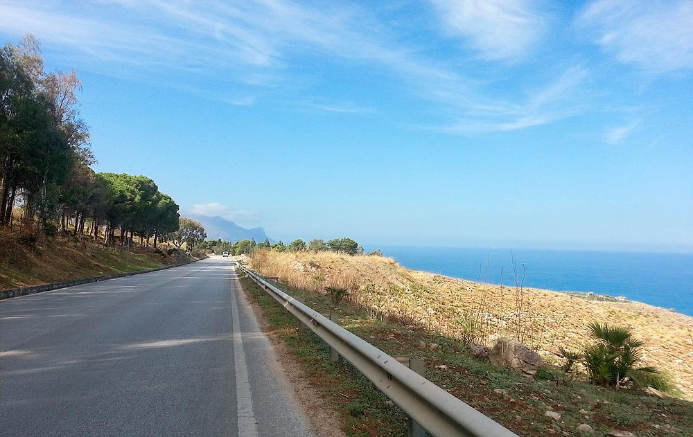 On the SS187 between Castellammare del Golfo and Scopello