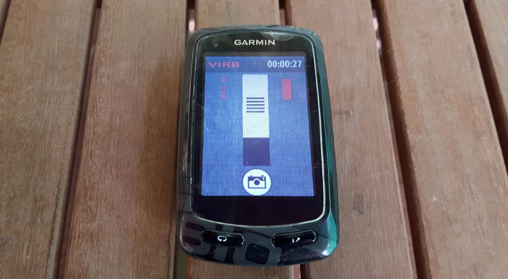 The Garmin remote control screen, showing the Virb is recording